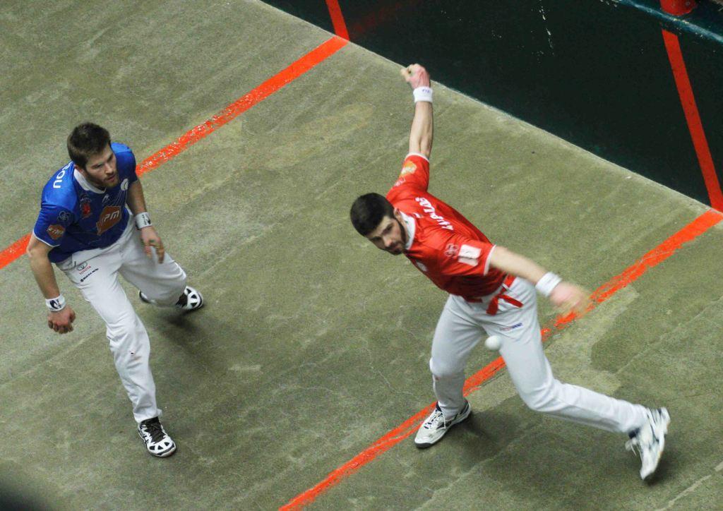 Peio Larralde et Baptiste Ducassou, joueurs de main nue