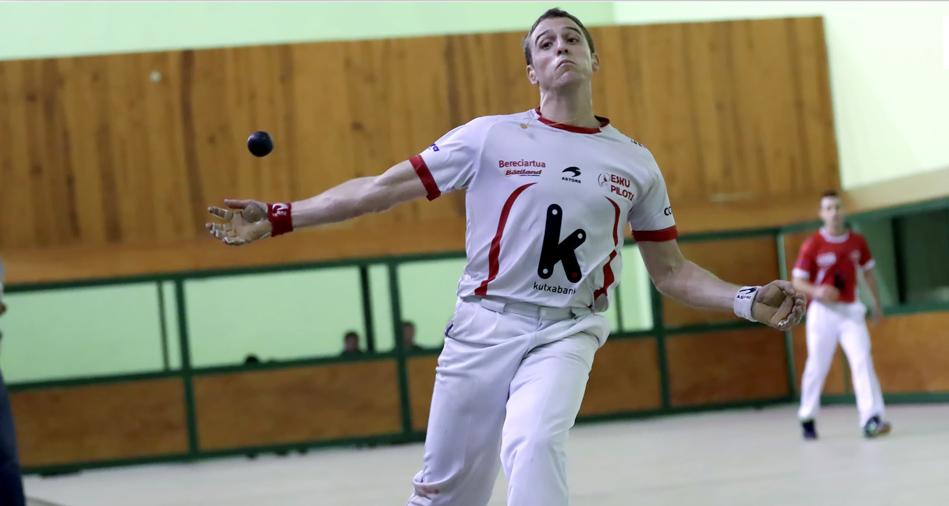 Alexis Inchauspé joue le championnat en tête à tête