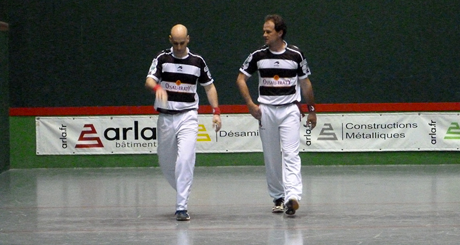 Ximun Lambert et Philippe Bielle, joueurs de pelote basque