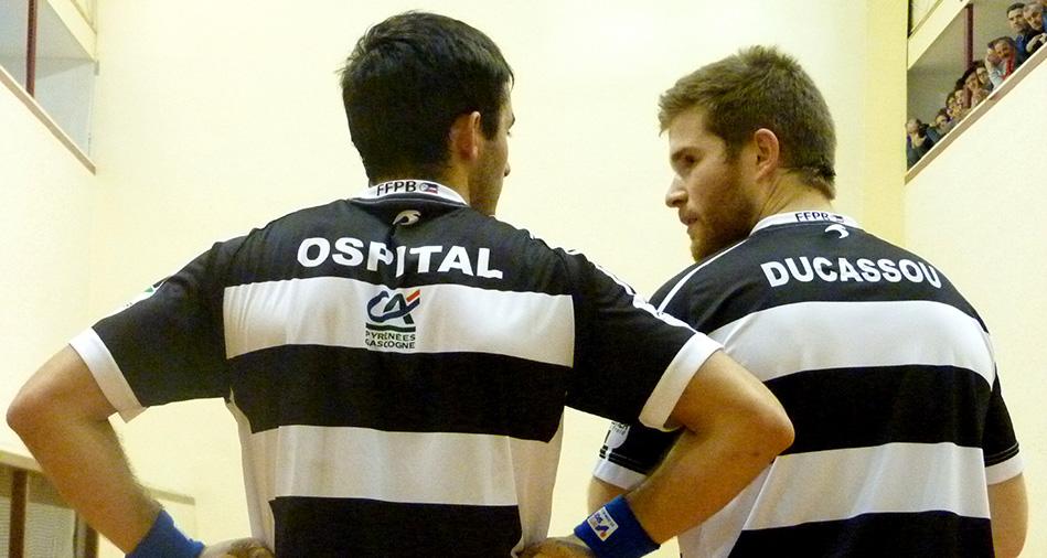 mathieu ospital et baptiste ducassou, joueurs de pelote basque