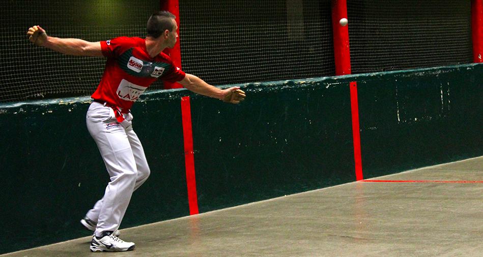 Bixintxo Bilbao participe au tournoi de Larrau en Soule