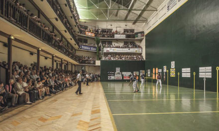 Plaza Berri organise son premier tournoi des Cafetiers